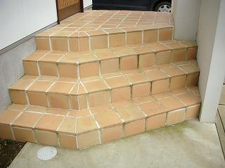 階段 掃除前